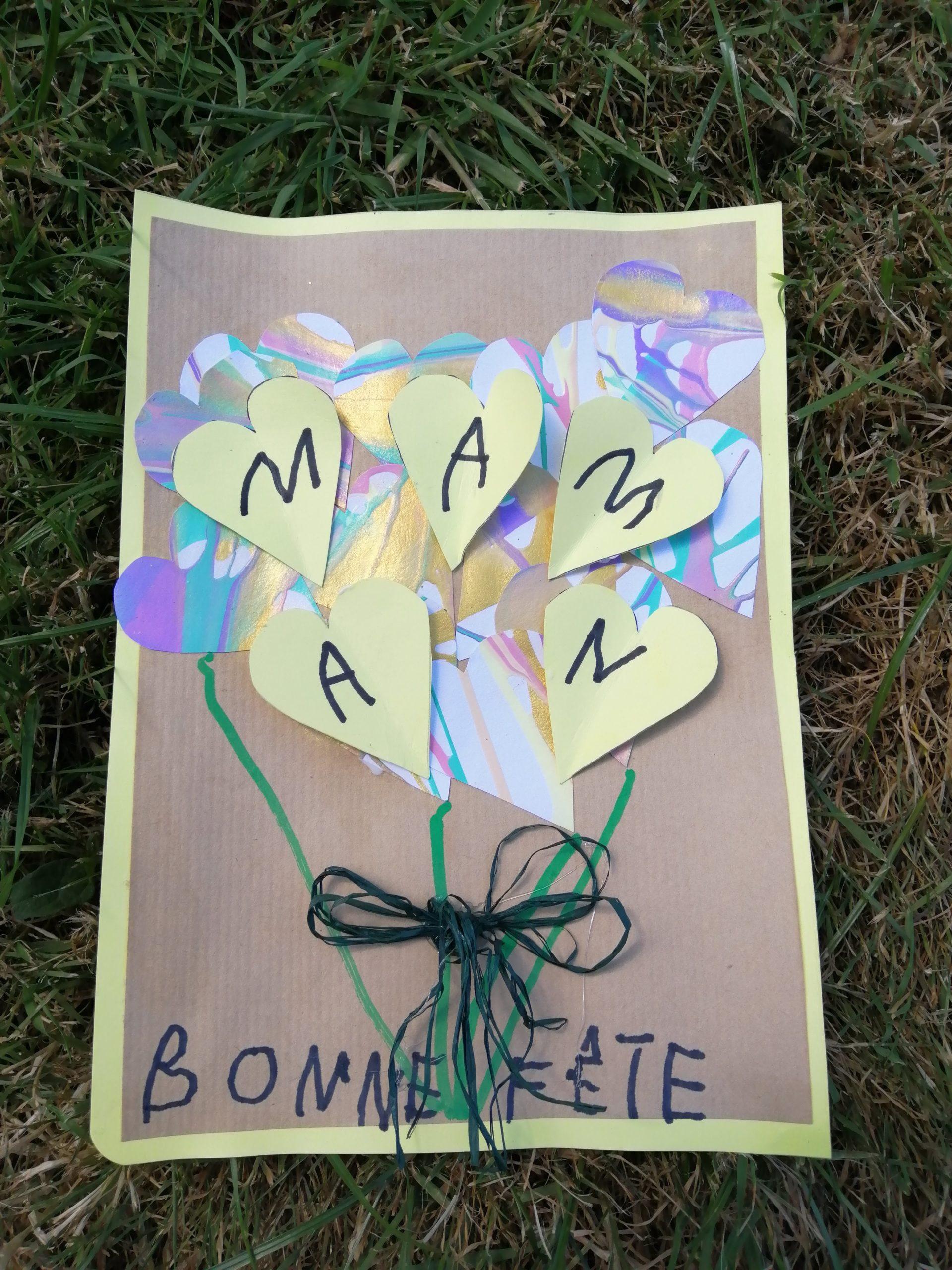 Réalisation de la carte de la fête des mères